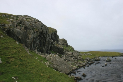 10m westside inland overhanging crag.